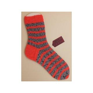 Handgestrickte Socken Gr. 40/41 Stripes grau/ orange